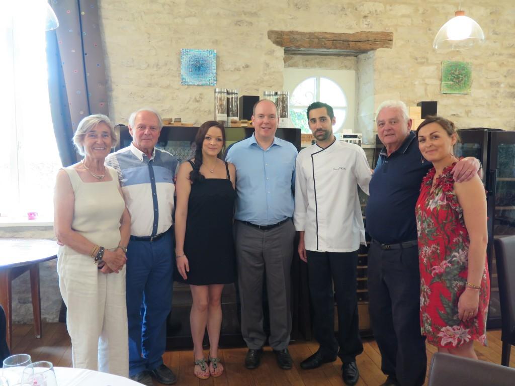 Visite du prince albert ii de monaco olivier leflaive - La table d olivier leflaive puligny montrachet ...